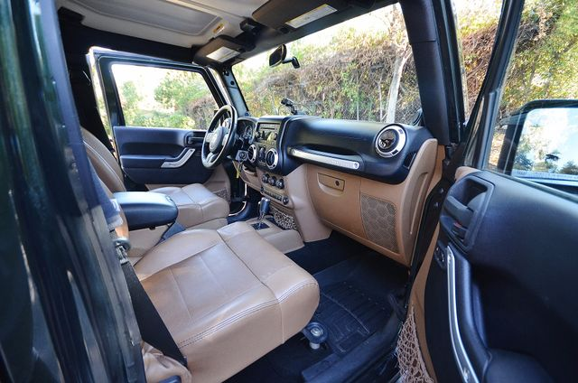 2011 Jeep Wrangler Unlimited Rubicon Reseda, CA 50