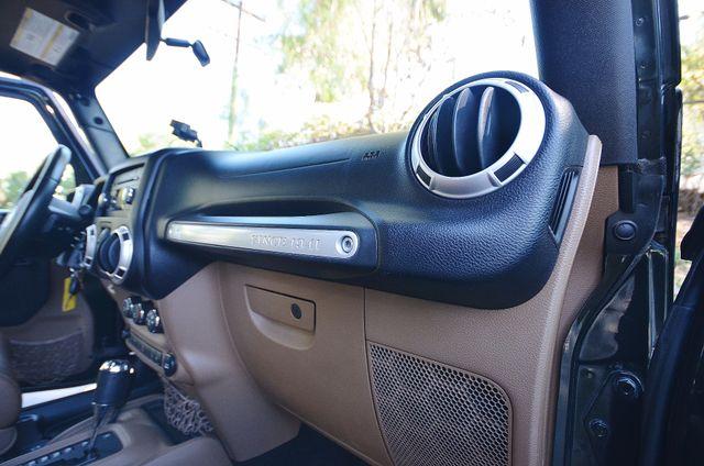 2011 Jeep Wrangler Unlimited Rubicon Reseda, CA 55