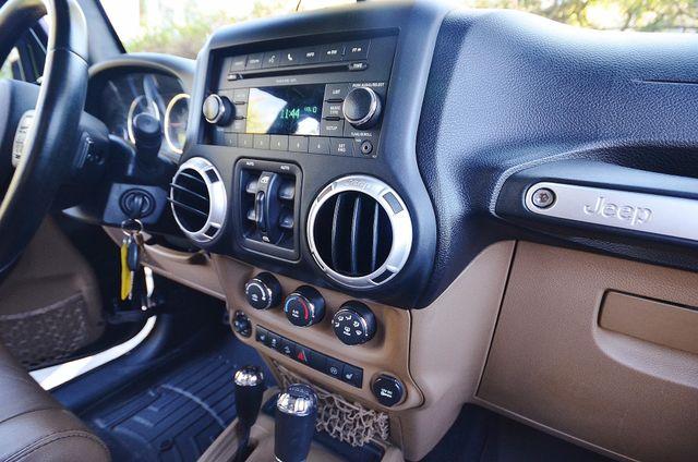 2011 Jeep Wrangler Unlimited Rubicon Reseda, CA 7
