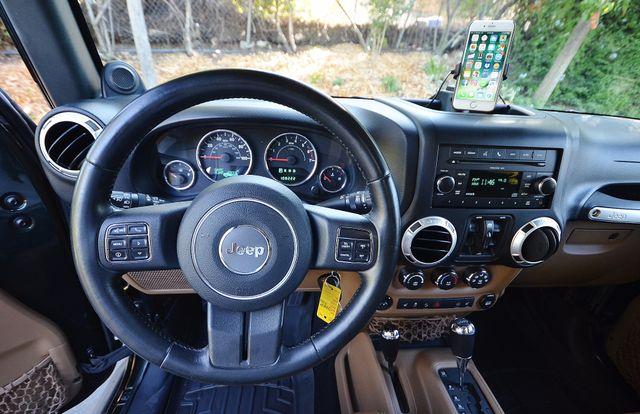 2011 Jeep Wrangler Unlimited Rubicon Reseda, CA 12