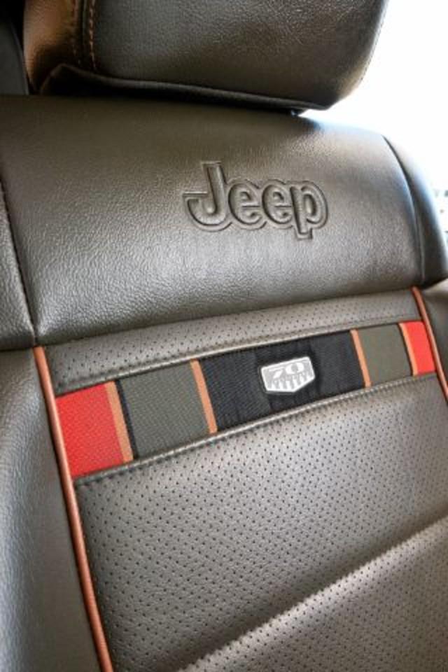 2011 Jeep Wrangler Unlimited 70th Anniversary San Antonio , Texas 17