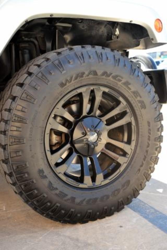 2011 Jeep Wrangler Unlimited 70th Anniversary San Antonio , Texas 20