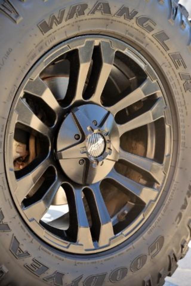 2011 Jeep Wrangler Unlimited 70th Anniversary San Antonio , Texas 21