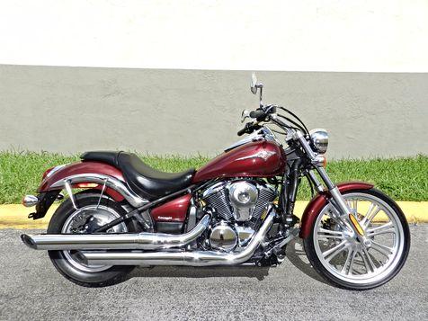 2011 Kawasaki Vulcan® 900 Custom in Hollywood, Florida