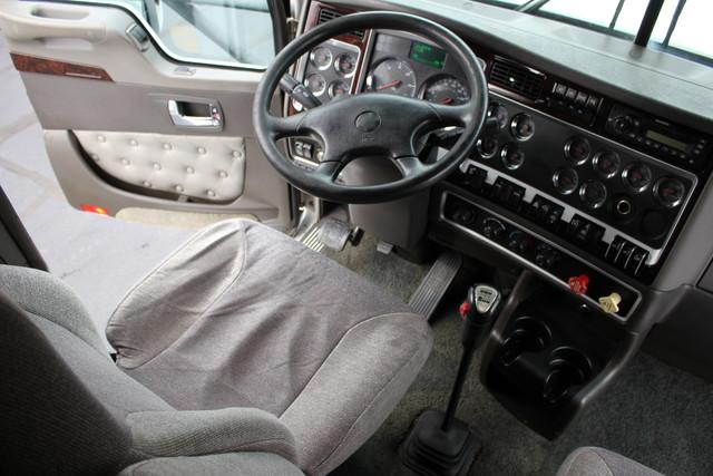2011 Kenworth T660  AEROCAB Mooresville , NC 24
