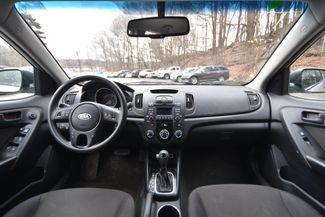 2011 Kia Forte 5-Door EX Naugatuck, Connecticut 9
