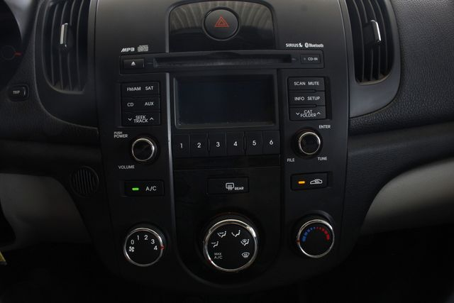 2011 Kia Forte EX FWD - BRAND NEW TIRES! Mooresville , NC 30