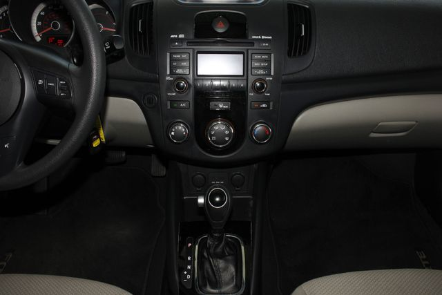 2011 Kia Forte EX FWD - BRAND NEW TIRES! Mooresville , NC 8