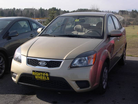 2011 Kia Rio Base in Derby, Vermont