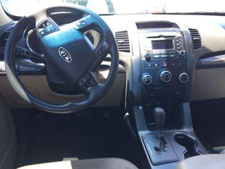 2011 Kia Sorento LX AUTOWORLD (702) 452-8488 Las Vegas, Nevada 5