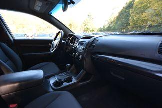 2011 Kia Sorento LX Naugatuck, Connecticut 9