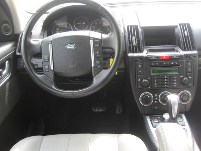 2011 Land Rover LR2 HSE, Super Nice,  Low Miles, Must See Plano, Texas 19