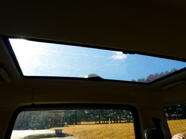 2011 Land Rover LR4 LUX Leesburg, Virginia 40