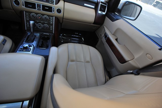 2011 Land Rover Range Rover* WOOD* HEATED/COOL* MOON* PREM PKG*  HSE LUX* BACK UP* NEW TIRES* DVD PKG* LOADED* WOW Las Vegas, Nevada 12