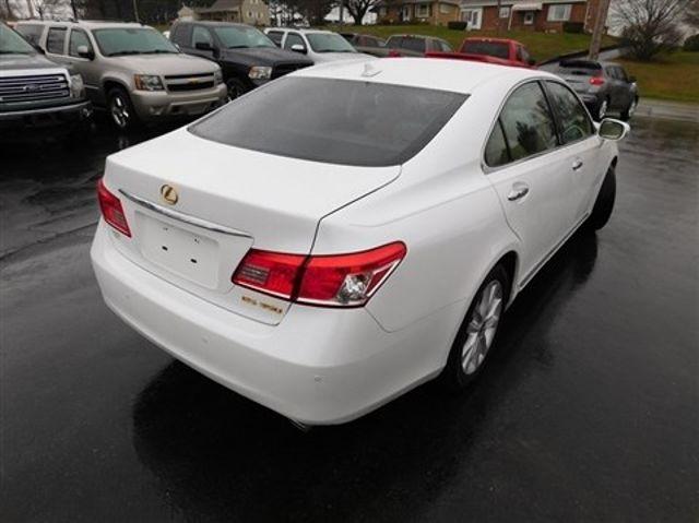 2011 Lexus ES 350 Ephrata, PA 3