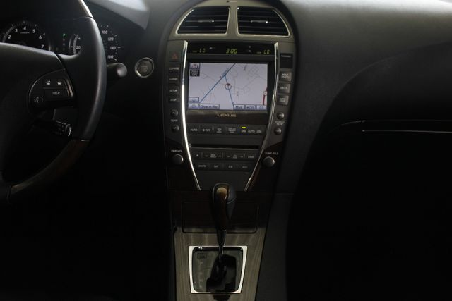 2011 Lexus ES 350 NAVIGATION - HEATED/COOLED LEATHER! Mooresville , NC 11