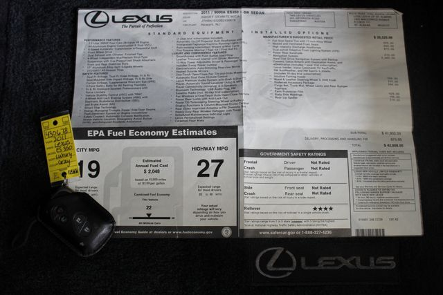 2011 Lexus ES 350 NAVIGATION - HEATED/COOLED LEATHER! Mooresville , NC 6