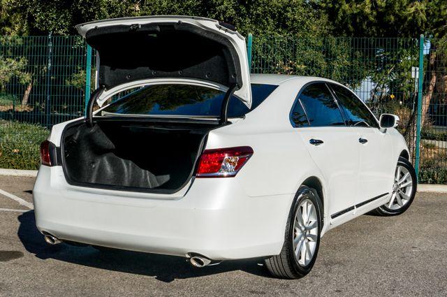 2011 Lexus ES 350 Reseda, CA 10
