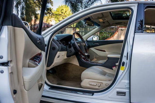 2011 Lexus ES 350 Reseda, CA 12