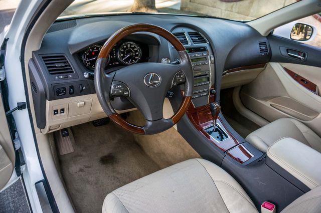 2011 Lexus ES 350 Reseda, CA 14