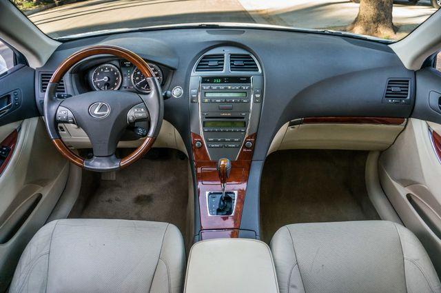 2011 Lexus ES 350 Reseda, CA 17