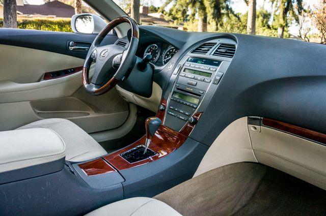 2011 Lexus ES 350 Reseda, CA 32