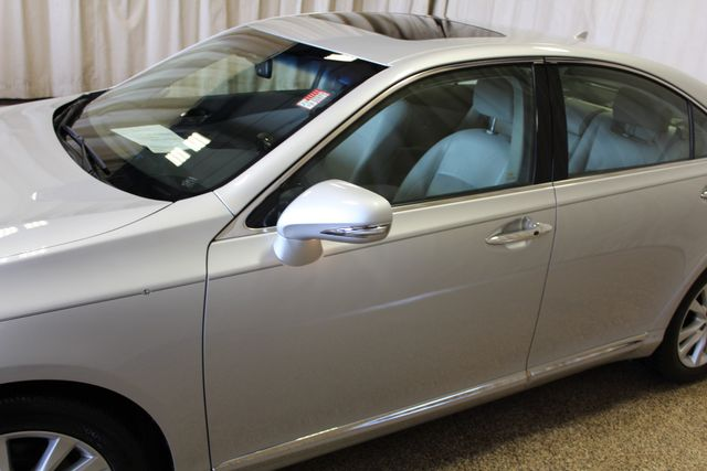 2011 Lexus ES 350 Roscoe, Illinois 12