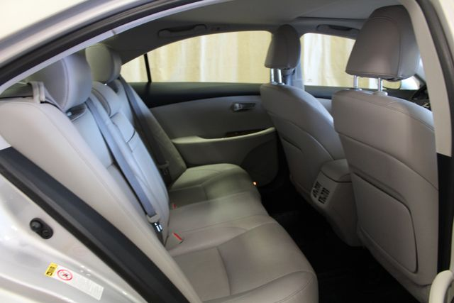 2011 Lexus ES 350 Roscoe, Illinois 23