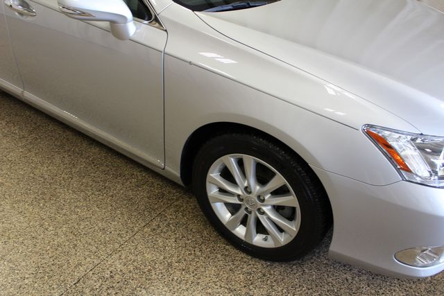 2011 Lexus ES 350 Roscoe, Illinois 4