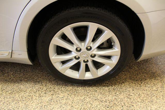 2011 Lexus ES 350 Roscoe, Illinois 32