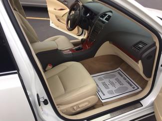 2011 Lexus ES 350 Watertown, Massachusetts 10