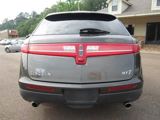 2011 Lincoln MKT Batesville, Mississippi 11