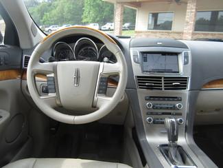 2011 Lincoln MKT Batesville, Mississippi 21