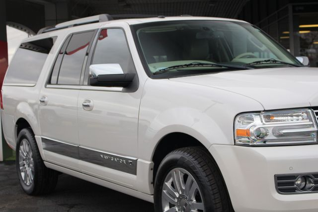 2011 Lincoln Navigator L 4WD - NAV - DUAL DVDS - SUNROOF - NEW TIRES! Mooresville , NC 26