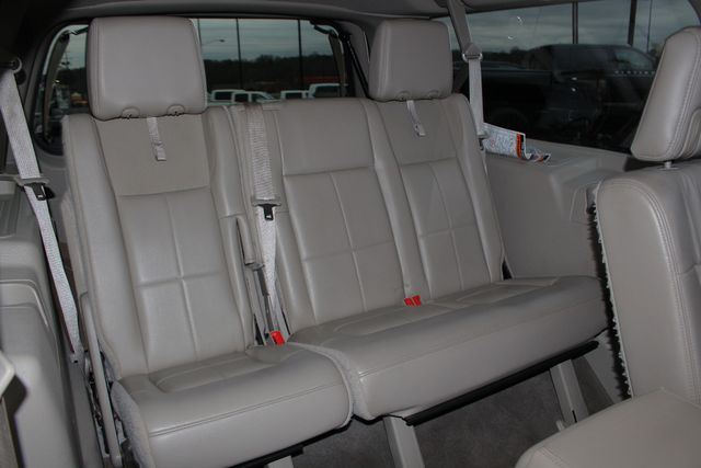 2011 Lincoln Navigator L 4WD - NAV - DUAL DVDS - SUNROOF - NEW TIRES! Mooresville , NC 45