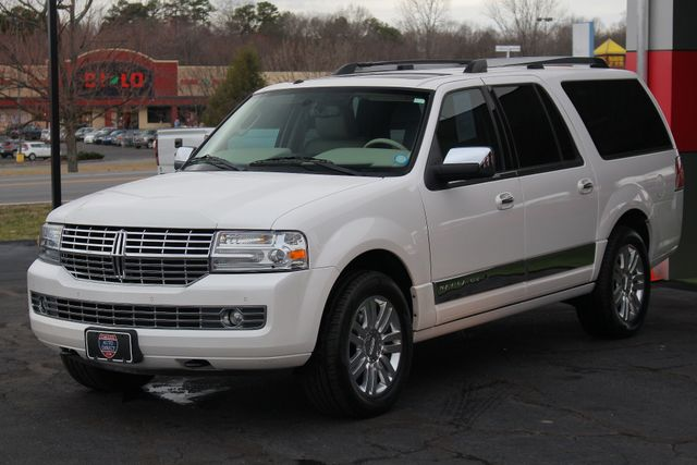 2011 Lincoln Navigator L 4WD - NAV - DUAL DVDS - SUNROOF - NEW TIRES! Mooresville , NC 23