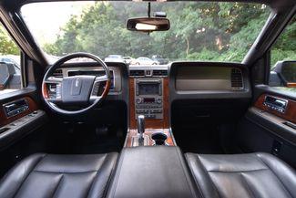 2011 Lincoln Navigator L Naugatuck, Connecticut 18