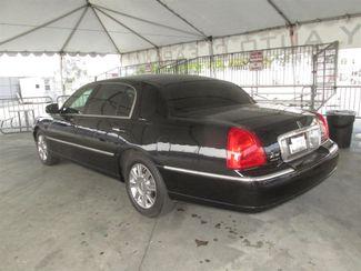 2011 Lincoln Town Car Executive w/Limousine Pkg Gardena, California 1