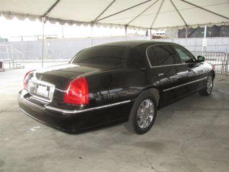 2011 Lincoln Town Car Executive w/Limousine Pkg Gardena, California 2