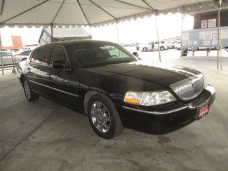 2011 Lincoln Town Car Executive w/Limousine Pkg Gardena, California 3