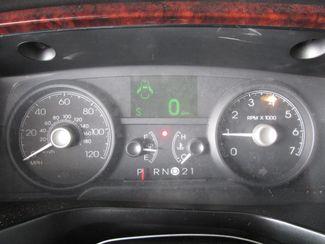 2011 Lincoln Town Car Executive w/Limousine Pkg Gardena, California 5