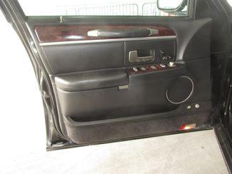 2011 Lincoln Town Car Executive w/Limousine Pkg Gardena, California 8