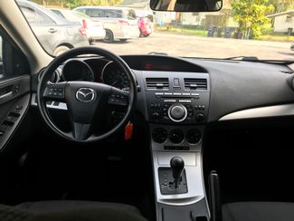 2011 Mazda Mazda3 i Touring Knoxville , Tennessee 35