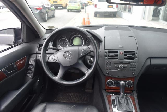 2011 Mercedes-Benz C-Class C300 4MATIC Luxury Sedan Richmond Hill, New York 7