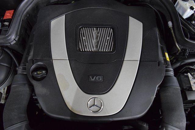 2011 Mercedes-Benz C-Class C 300 Richmond Hill, New York 31