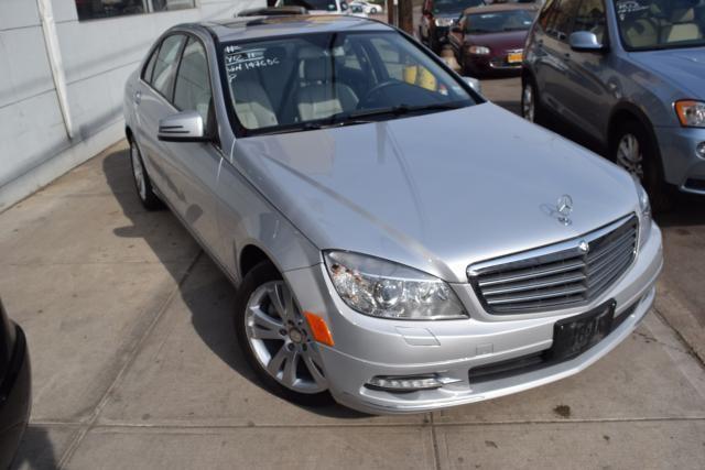 2011 Mercedes-Benz C300 Luxury Richmond Hill, New York 1