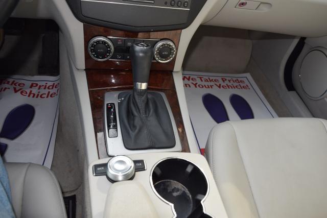2011 Mercedes-Benz C300 Luxury Richmond Hill, New York 14