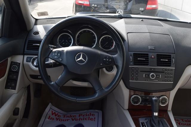 2011 Mercedes-Benz C300 Luxury Richmond Hill, New York 15