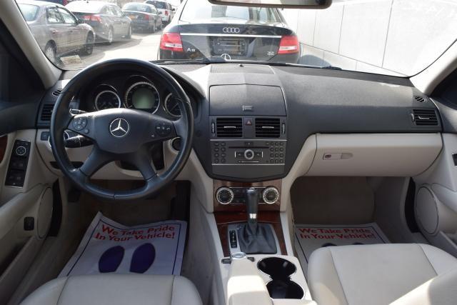 2011 Mercedes-Benz C300 Luxury Richmond Hill, New York 16