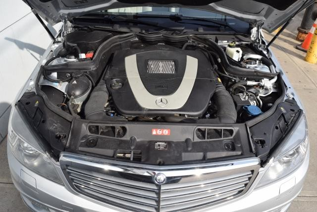 2011 Mercedes-Benz C300 Luxury Richmond Hill, New York 21